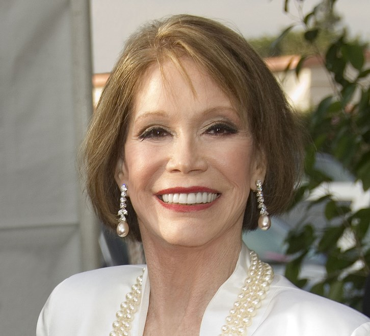Mary Tyler Moore Plastic Surgery Eyes